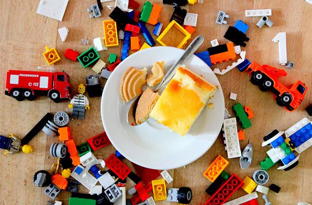 Kinder Spielzeug Essen, Foto: Jakob Barton, www.zitronenfalter2.de